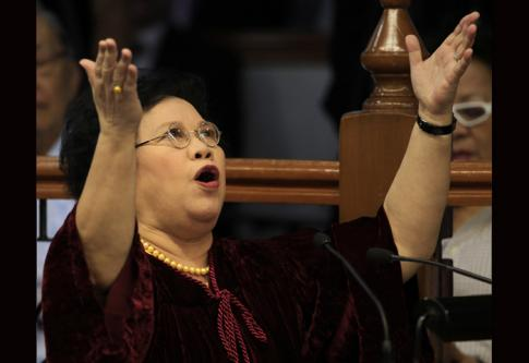 Miriam wants automatic suspension for senators charged in PLUNDER case(s). Most senators object (due to their own self interest, they could be next, you know).