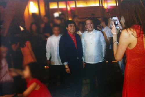 Napoles family members (Janet husband posing, daughter Jeane taking picture) with P-Noy photo series
