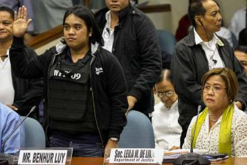 Ben Hur Luy, Napoles case whistleblower, in the Philippine Senate, covered LIVE on radio and tv, details Napoles hold, transactions and clout with senators and congressmen. Awash with Napoles cash, money, money, money stashed in bags, under the bed and even in the bathtub.