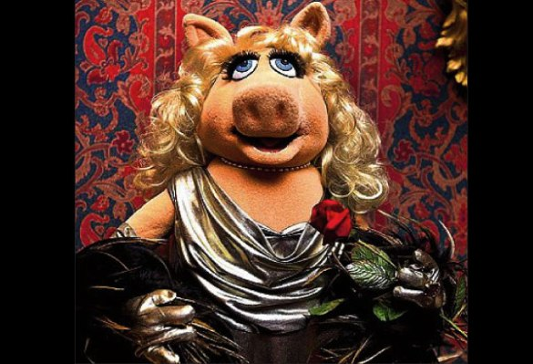 Miss Piggy is newest attraction in the Smithsonian Museum, nothing to do with Philippine PORK BARREL SCAM.  http://balitangbalita.com/ #napoles #pinas #Philippines #balita #porkbarrel #PDAF #corruption #pilipinas #benhurluy #janetnapoles