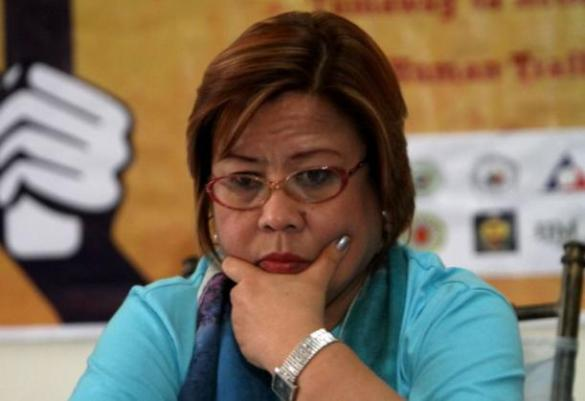 De Lima creating confusion and fueling speculation by withholding list of Napoles senators. Make your own list. Here is our own list (based on previous newspaper reports and whistle blower testimonies) of twelve senators Juan Ponce Enrile (charged), Jinngoy Estrada (charged), Bong Revilla (charged), Bong Bong Marcos, Loren Legarda, Tito Sotto, Gringo Honasan and five ex-senators - Loi Estrada, Manny Villar, Tessie Oreta Aquino, Robert Jaworski and Robert Barbers (RIP). Basahin nyo ito para mabwisit kayo — http://wp.me/p3QDQJ-aV
