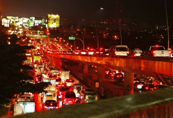 p-noy traffic 5 world